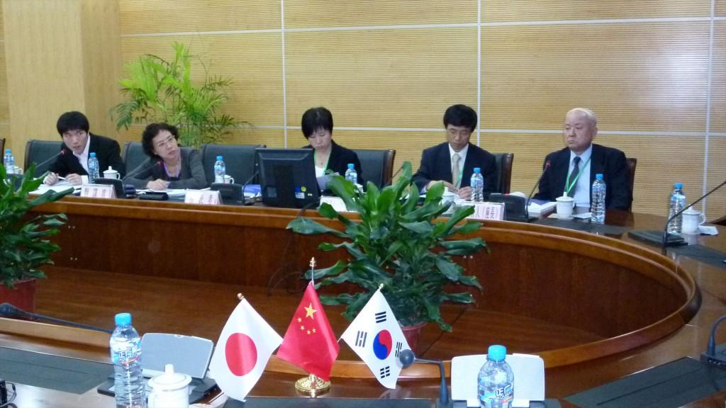 3. 2017年、亜細亜大学で開催された日中韓経営管理学術大会