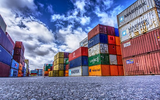 container-3118783__340